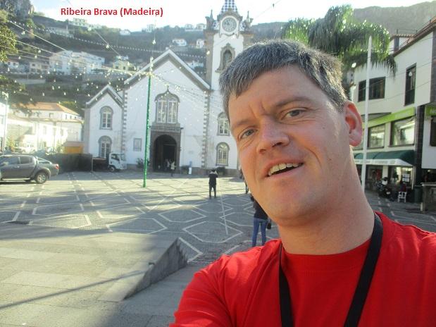 Michael S. vor der Pfarrkirche in Ribeira Brava Madeira